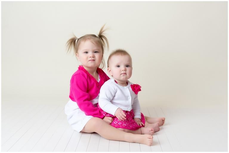 ottawa child photographer, children, sisters