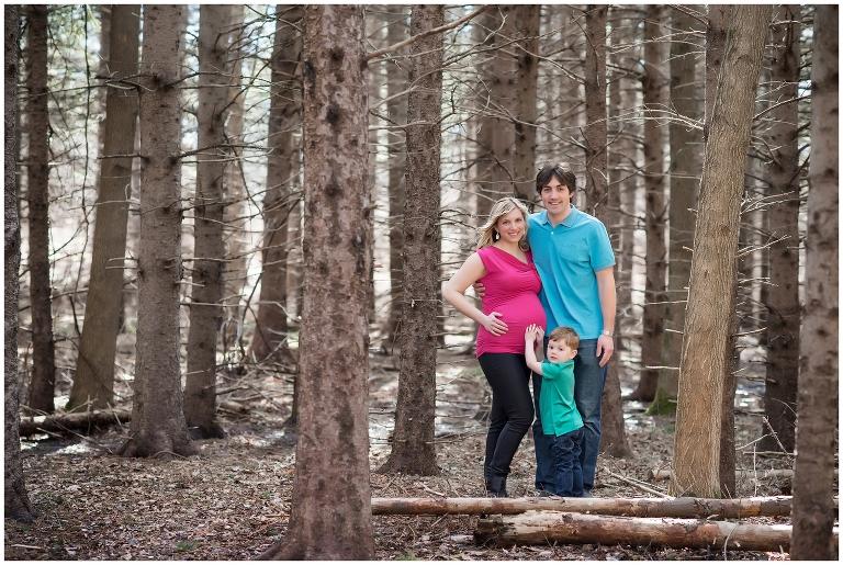 ottawa maternity photographer, pregnancy, belly, family